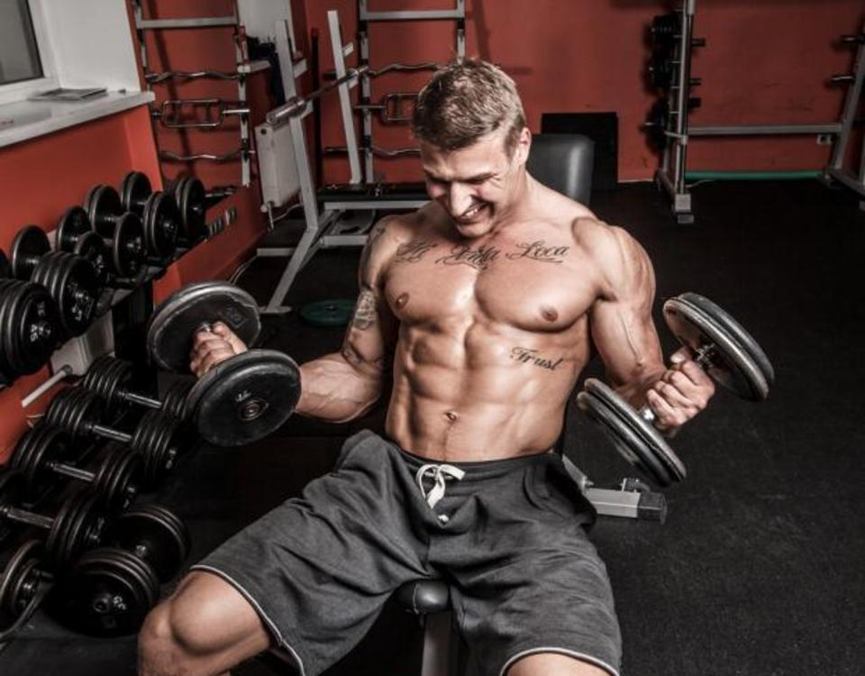 Biceps and Triceps Superset Workout for Sleeve-busting Arms | TheRippedAthlete.com